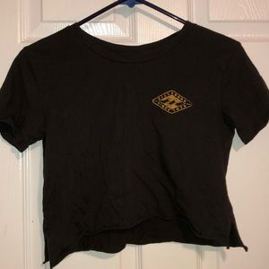 Cropped billabong shirt